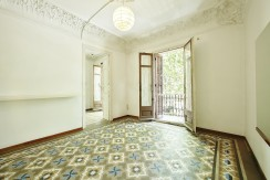 señorial-piso-venta-junto-placa-universitat-salon-2