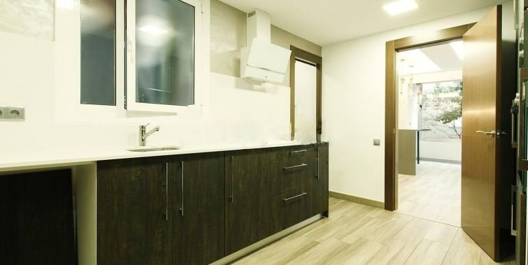 exquisito-piso-en-venta-en-sant-gervasi-galvany-cocina-1