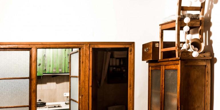 encantador-piso-en-venta-en-el-emblematico-barrio-del-born-salon-3