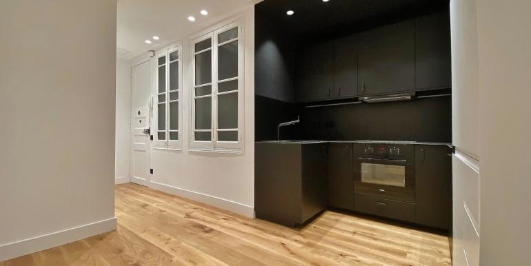 increible-piso-en-venta-de-diseno-junto-placa-espana-cocina-2