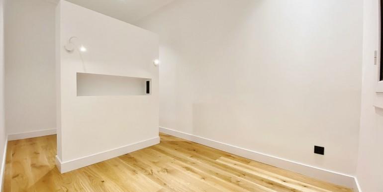increible-piso-en-venta-de-diseno-junto-placa-espana-habitacion-1