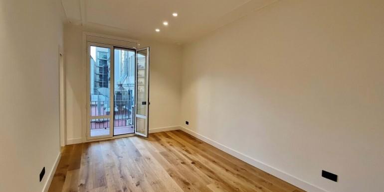 increible-piso-en-venta-de-diseno-junto-placa-espana-salon-1