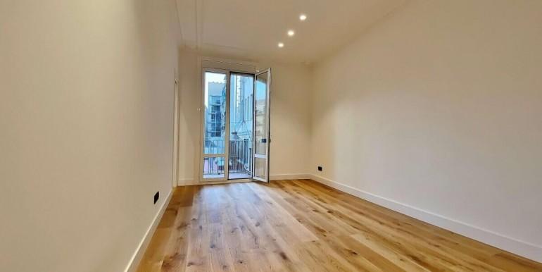 increible-piso-en-venta-de-diseno-junto-placa-espana-salon-3
