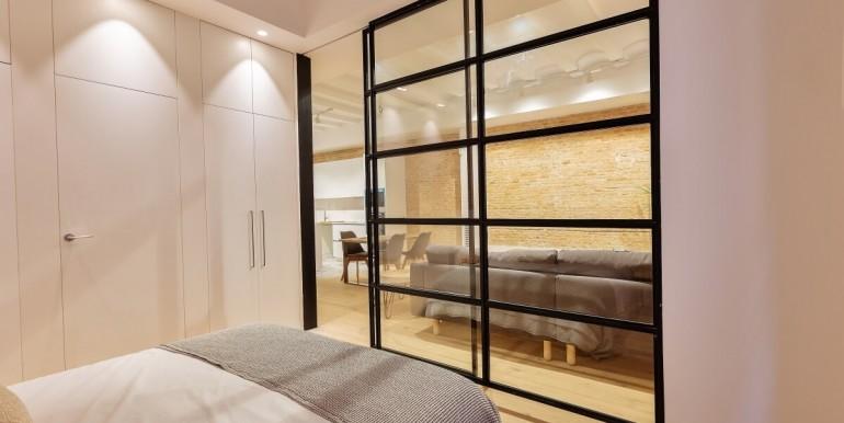 exquisito-piso-de-obra-nueva-en-venta-de-dos-habitaciones-junto-la-placa-medinaceli-habitacion-3