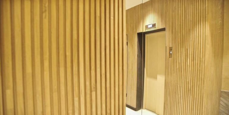exquisito-piso-de-obra-nueva-en-venta-de-dos-habitaciones-junto-la-placa-medinaceli-vestibulo-5