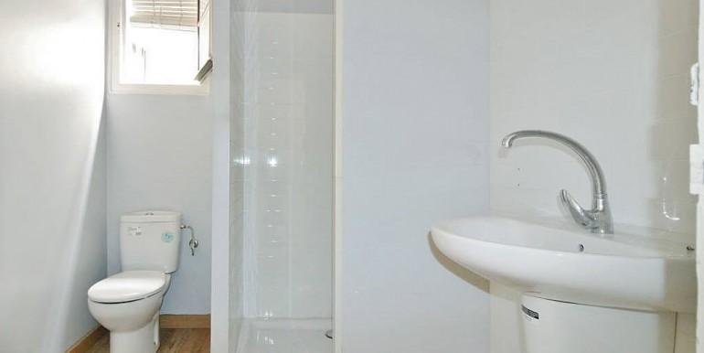 piso-en-venta-de-dos-habitaciones-en-tres-torres-bano-1