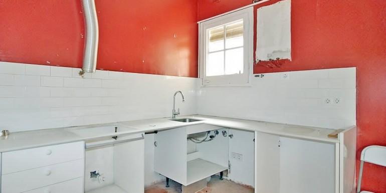 piso-en-venta-de-dos-habitaciones-en-tres-torres-cocina-2