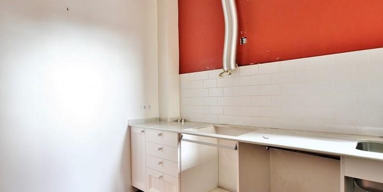 piso-en-venta-de-dos-habitaciones-en-tres-torres-cocina-5