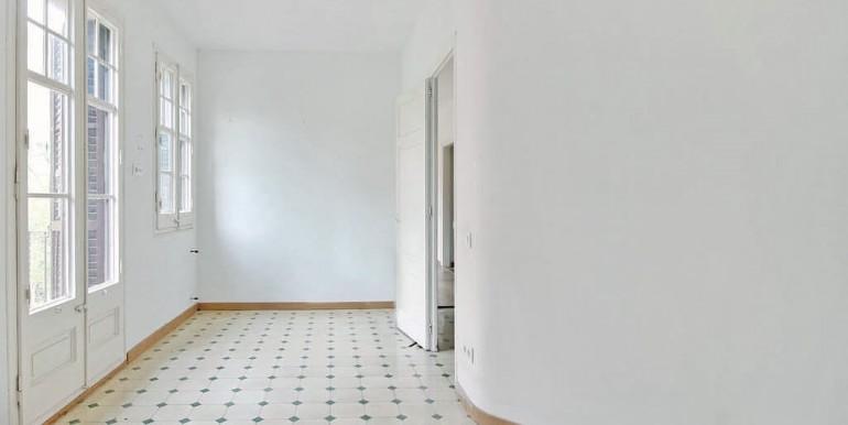 piso-en-venta-de-dos-habitaciones-en-tres-torres-habitacion-5