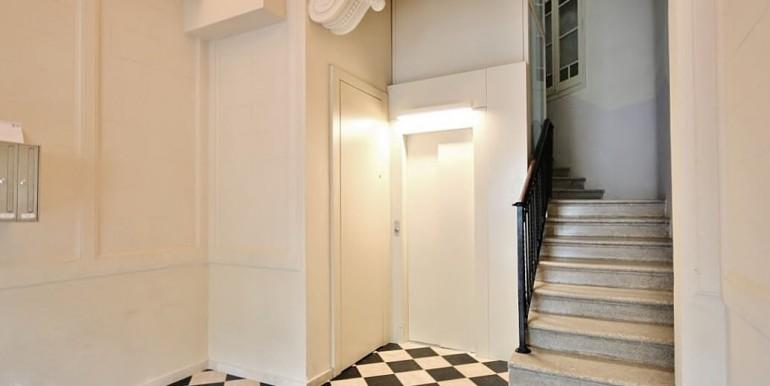 piso-en-venta-de-dos-habitaciones-en-tres-torres-zonas-comunes-3