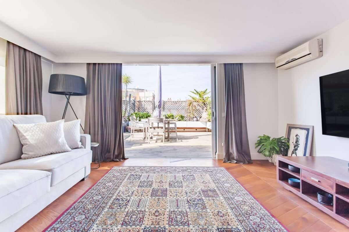 Spectacular tourist license penthouse for sale