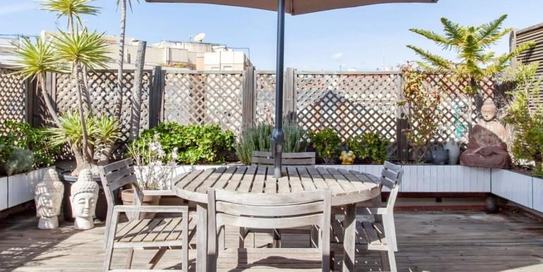 espectacular-atico-en-venta-con-licencia-turistica-terraza-1