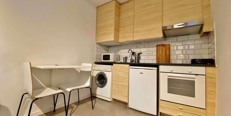 acogedor-piso-de-alquiler-a-escasos-minutos-del-parc-de-la-ciutadella-cocina-1