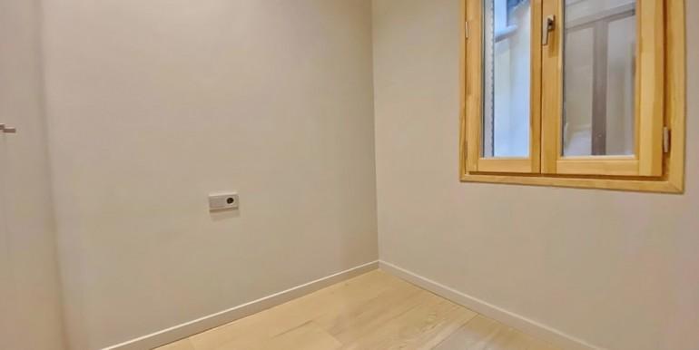 extraordinario-piso-en-venta-de-dos-habitaciones-junto-el-mercat-de-la-boqueria-habitacion-5