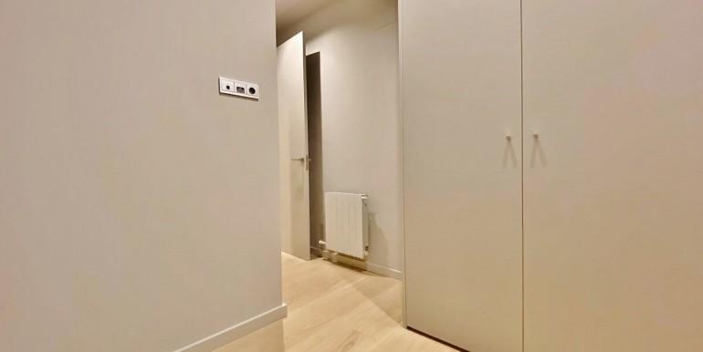 extraordinario-piso-en-venta-de-dos-habitaciones-junto-el-mercat-de-la-boqueria-habitacion-6