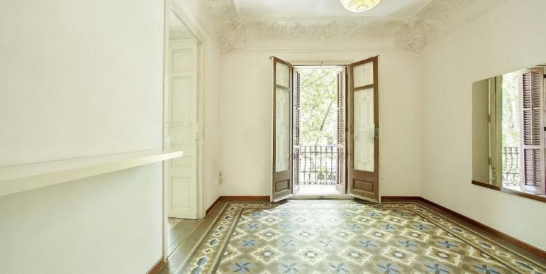 senorial-piso-venta-junto-placa-universitat-salon-1