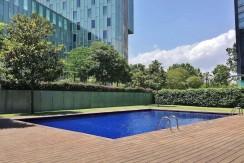 magnifico-piso-alquiler-en-poblenou-piscina-2