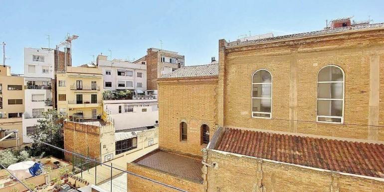 increible-piso-en-venta-con-cuatro-habitaciones-y-licencia-turistica-junto-placa-espanya-vistas-1